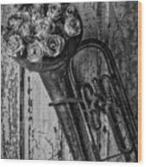 Old Horn And Roses On Door Black And White Wood Print