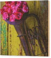 Old Horn And Roses On Door Wood Print