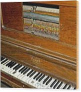 Old Piano Wood Print