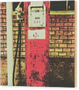 Old Roadhouse Gas Station Wood Print