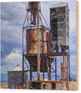 Old Rusted Grain Silo - Utah Wood Print