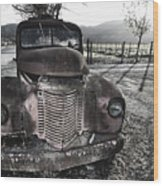 Old Truck In Napa Valley Wood Print