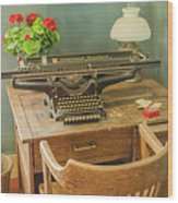 Old Underwood Typewriter Wood Print