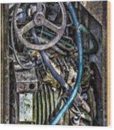 Old Washing Machine Works Wood Print