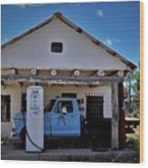 Out Of Service New Mexico Gas Station Wood Print