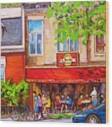 Outdoor Cafe Wood Print