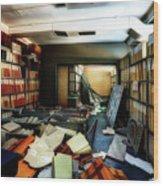 Papers Lodging - Luoghi Abbandonati Delle Passeggiate A Levante Deposito Carte  Wood Print