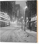 Paramount Snowstorm Boston Ma Washington Street Black And White Wood Print