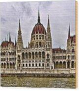 Parliment - Budapest Wood Print