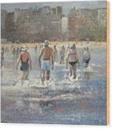 Paseo Por La Playa Del Sardinero Wood Print
