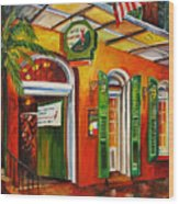 Pat O'brien's Bar On Bourbon Street Wood Print