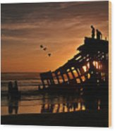 Peter Iredale Shipwreck Wood Print