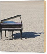 Piano On Beach Wood Print by Hans Joachim Breuer