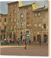Piazza Della Cisterna Wood Print
