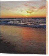 Predawn Glowing Reflection 4 412 Wood Print