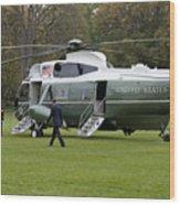 President Obama Walking Toward Marine One Wood Print