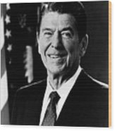 President Ronald Reagan Wood Print by International  Images