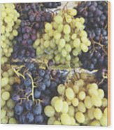 Purple And Green Grapes Wood Print