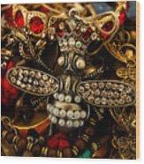 Queen Bee Wood Print by Susan Vineyard