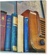 Radio Wood Print by Robert Smith
