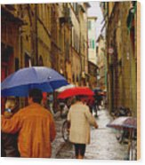 Rainy Day Shopping In Italy Wood Print