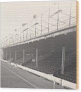 Reading - Elm Park - Norfolk Road Stand 1 - Bw - 1968 Wood Print