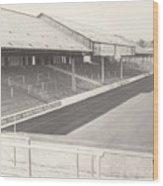 Reading - Elm Park - Tilehurst Terrace 1 - Bw - 1970 Wood Print