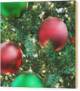 Red And Green Holiday Wood Print by Karen Musick