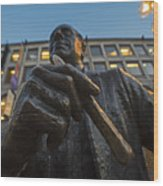 Red Auerbach Chilling At Fanueil Hall Wood Print