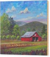 Red Barn in Fruitland Wood Print