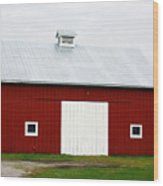 Red Barn- Photography By Linda Woods Wood Print