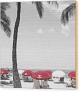 Red Umbrellas On Waikiki Beach Hawaii Wood Print