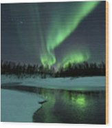 Reflected Aurora Over A Frozen Laksa Wood Print by Arild Heitmann