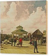 Rehoboth Beach In Fall Wood Print