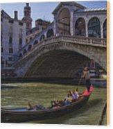Rialto Bridge In Venice Italy Wood Print