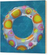 Ring In Pool Wood Print