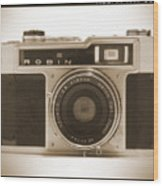 Robin 35mm Rangefinder Camera Wood Print by Mike McGlothlen