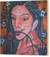 Rosales Latina Wood Print