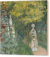 Rose Garden Wood Print by Claude Monet