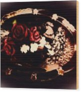 Rosses On A Flowing Dish Wood Print