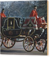 Royal Carriage In London Wood Print