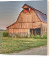 Ruddish Barn At Dawn Wood Print by Douglas Barnett