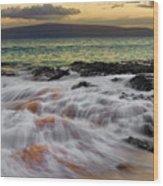 Running Wave At Keawakapu Beach Wood Print