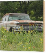 Rusty But Still Standing In Texas Wood Print