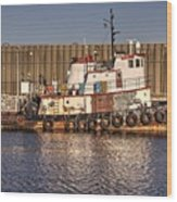 Rusty Old Tug Boat Wood Print