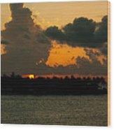 Sailing The Keys At Sunset Wood Print