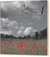 Salute To The Brave - P51 Flying Over Poppy Field Wood Print