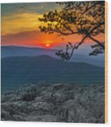 Scarlet Sky At Ravens Roost Wood Print