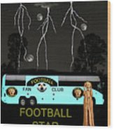 Scream Football Star Wood Print by Eric Kempson