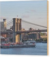 Setting Sun On Brooklyn Bridge Wood Print